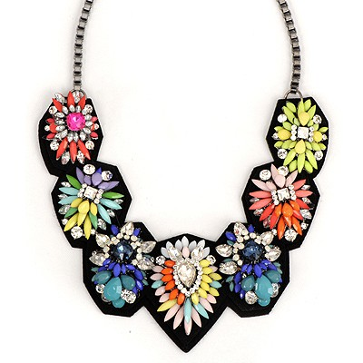 Winter Multicolor Geometric Shape Flower Decorated Alloy Bib Necklaces