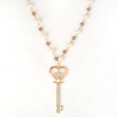 American White Key Pendant Pearl Chain Design Alloy Bib Necklaces