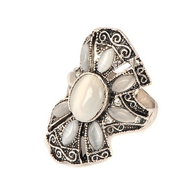 Ethnic White Vintage Flower Design Alloy Korean Rings