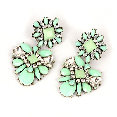 Vibrating Light Green Sparkly Gemstone Decorated Alloy Fashion earrings