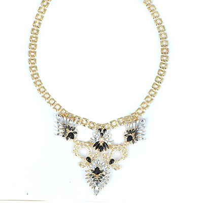 18K Black Flower Decorated V-Shaped Pendant Alloy Bib Necklaces