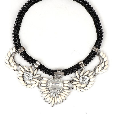 Rave White Irregular Gemstone Decorated Alloy Bib Necklaces