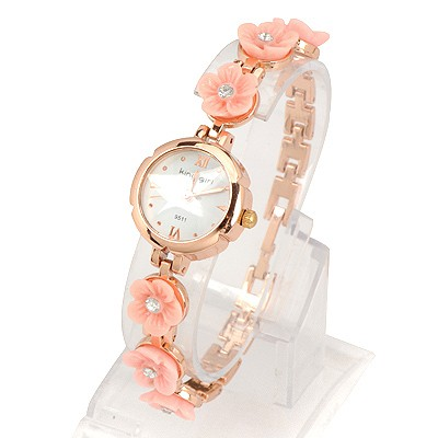 Pearl Pink Six Flowers Decorated Simple Design Alloy Ladies Watches