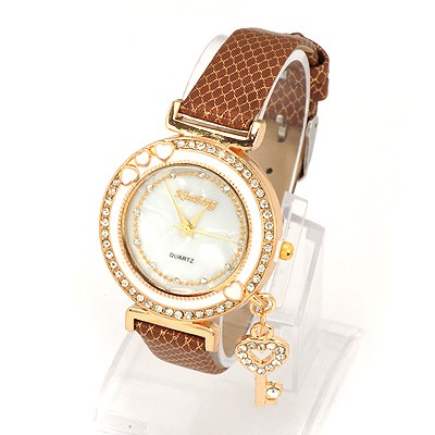 Fancy Coffee Key Pendant Decorated Snake Leather Belt Design Alloy Fashion Watches