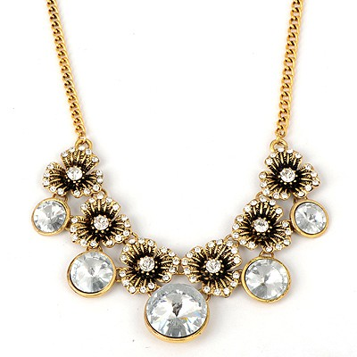 Japanese Gold Color Vintage Flower And Gemstone Pendant Alloy Bib Necklaces