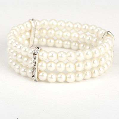 Slim White Diamond Decorated Three Layers Design Pearl Korean Fashion Bracelet