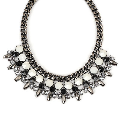Drawstring gunblack gemstonedecoratedgeometricshapedesign alloy Bib Necklaces