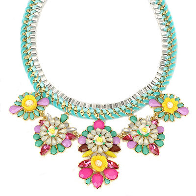 Automatic green gemstonedecoratedflowerdesign alloy Bib Necklaces