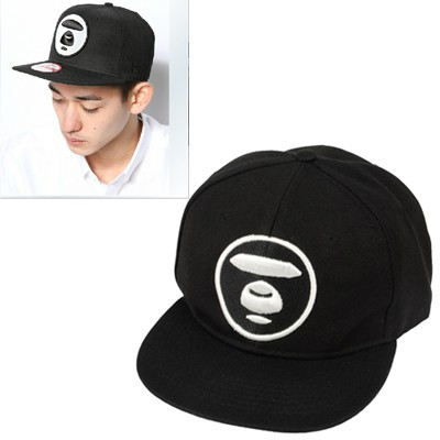 Tapered black bear face embroidered simple design canvas Baseball Caps