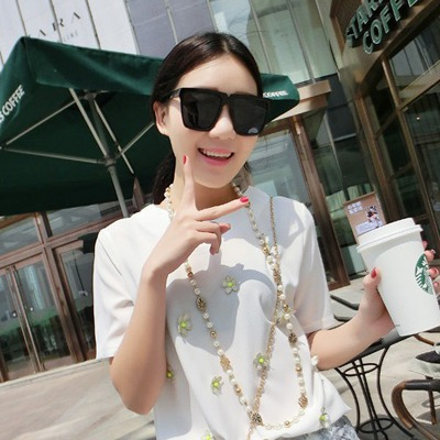 Chunky black big frame simple design resin Women Sunglasses