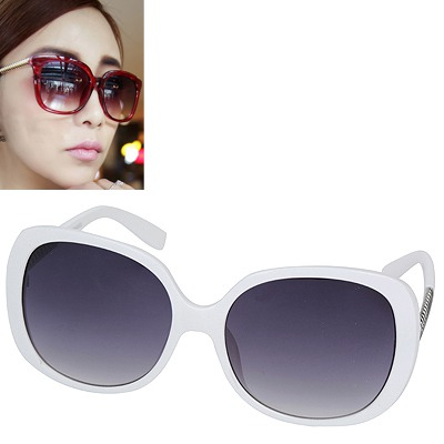 Convertibl white silver thread legs simple design resin Women Sunglasses