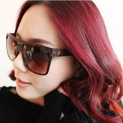 Japanese leopard color box frame Grind arenaceous legs design resin Women Sunglasses