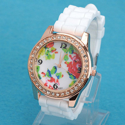 Hydraulic white diamond decorated flower pattern design silicone Ladies Watches