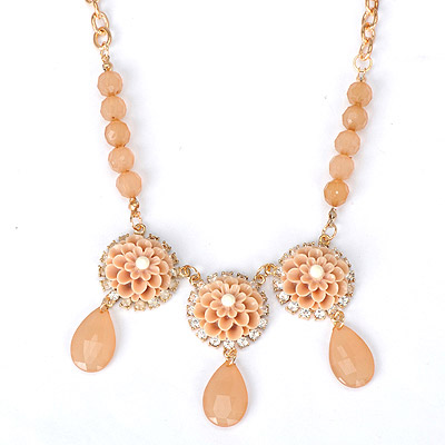 Special light pink flower decorated simple design alloy Bib Necklaces