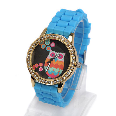 Personaliz blue diamond decorated owl pattern design alloy Ladies Watches