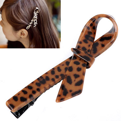 Everlas Leopard Color Bow Tie Shape Simple Design Alloy Hair clip hair claw