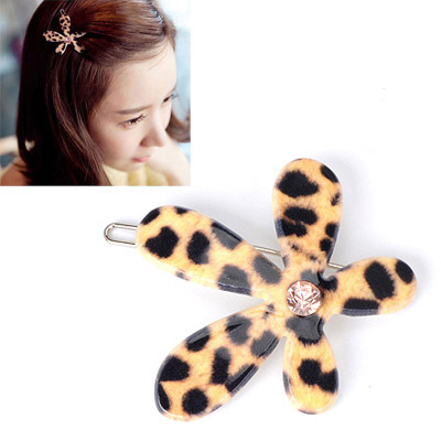 Attractive Leopard Color Diamond Decorated Flower Design Alloy Hair clip hair claw