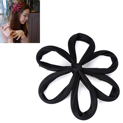 Varsity Black Flower Decorated Simple Design Alloy Hair clip hair claw