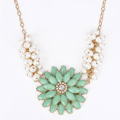 Fashionabl Green Pearl Decorated Flower Design Alloy Bib Necklaces