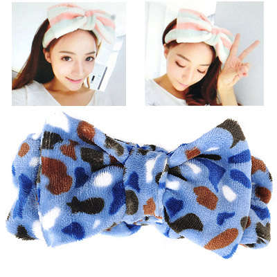 Memorable Blue Leopard Pattern Bowknot Shape Design