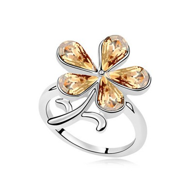 Jogging Gold Color Sparkly Flower Decorated Austrian Crystal Crystal Rings