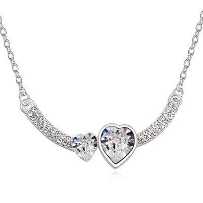 Indie White Two Heart Shape Design Austrian Crystal Crystal Necklaces