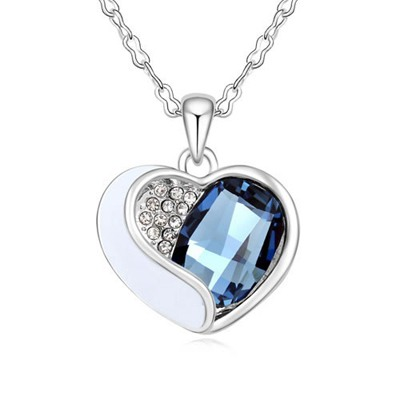 Quality Ink Blue Heart Shape With Diamond Design Austrian Crystal Crystal Necklaces