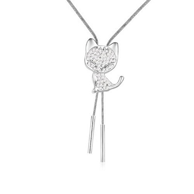 Simple White Cat With Diamond Decorated Austrian Crystal Crystal Necklaces