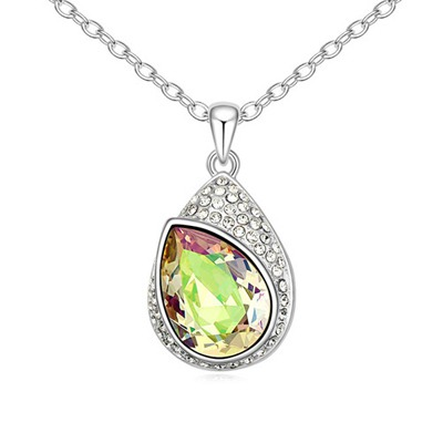 Circle Luminous Green Water Drop Shape With Diamond Pendant Design Austrian Crystal Crystal Necklaces