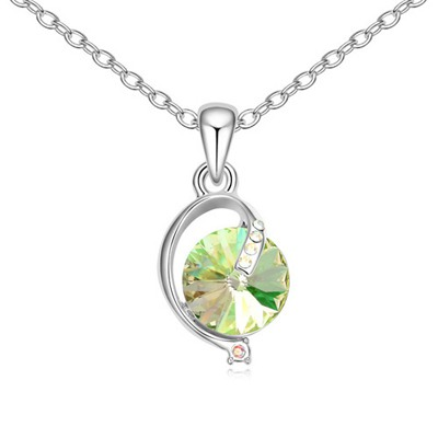 Barbie Luminous Green Simple Design Austrian Crystal Crystal Necklaces