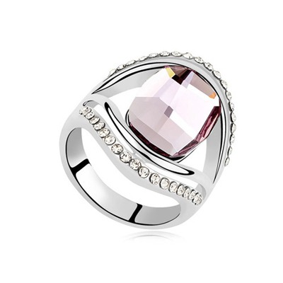 Winding Pink Square Shape With Diamond Decorated Design Austrian Crystal Crystal Rings