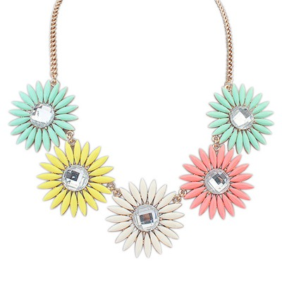 Engraved Multicolor Sweet Flower Gemstone Decorated Design Alloy Bib Necklaces