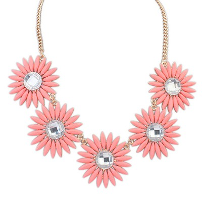 Decorative Pink Sweet Flower Gemstone Decorated Design Alloy Bib Necklaces