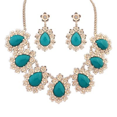 Luxurious Green Water Drop Shape Gemstone Pendant Design Alloy Jewelry Sets