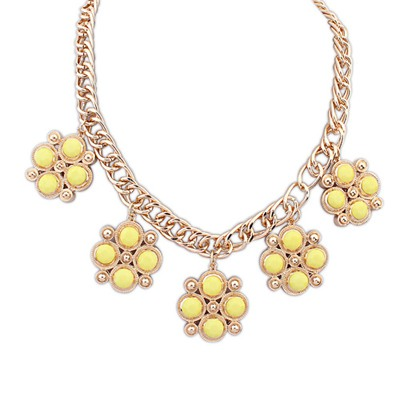 Top Rated Yellow Candy Color Gemstone Decorated Design Alloy Bib Necklaces
