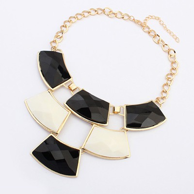Sling Black&White Geometric Shape Gemstone Patchwork Pendant Alloy Bib Necklaces