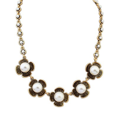 Physical Antique Gold Four Petal Pearl Decorated Design Alloy Bib Necklaces