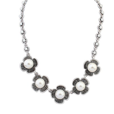 Hunting Antique Silver Four Petal Pearl Decorated Design Alloy Bib Necklaces