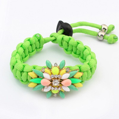 Disposable Green Sparkly Flower Gemstone Decorated Weave Rope Design Alloy Korean Fashion Bracelet