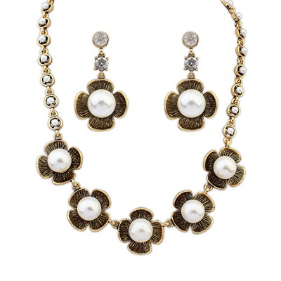 Punk Antique Gold Four-Leaf Clover Pearl Design Alloy Jewelry Sets
