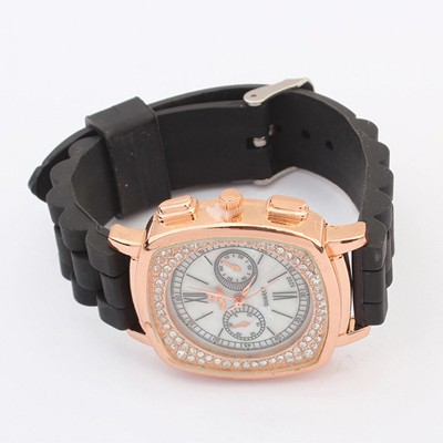 Waxing Black Exquisite Diamond Surrounded Square Shape Design Silicone Fashion Watches