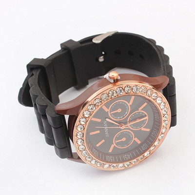 Bodybuildi Black Diamond Decorated Jelly Color Casual Design Silicone Fashion Watches