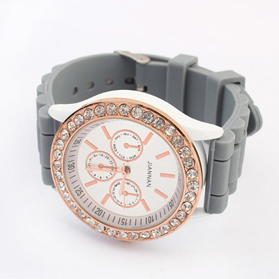 French Gray Diamond Decorated Jelly Color Casual Design Silicone Fashion Watches