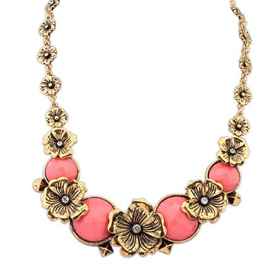 Writing Peach Red Vintage Metal Flower Decorated Alloy Bib Necklaces