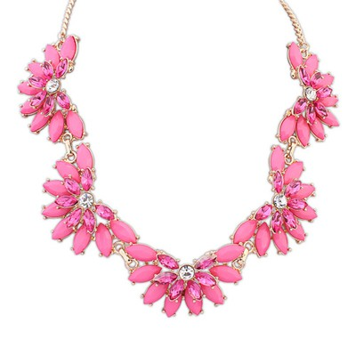 Eatable Plum Red Five Fan Shape Gemstone Decorated Alloy Bib Necklaces