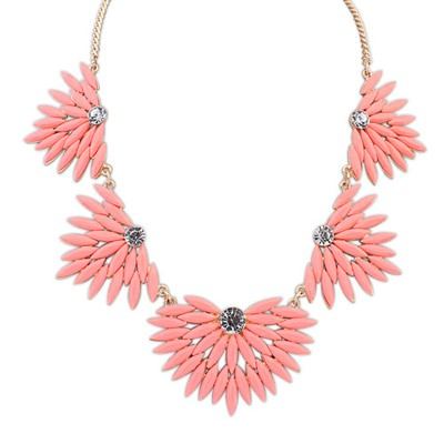 Royal Peach Red Candy Color Leaves Temperament Design Alloy Bib Necklaces