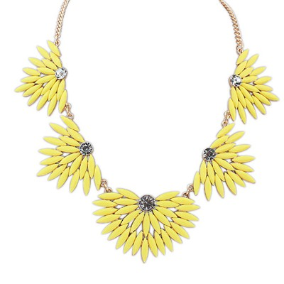 Quilted Yellow Candy Color Leaves Temperament Design Alloy Bib Necklaces