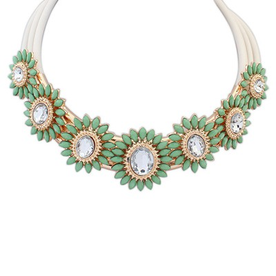 Reversible green gemstone decorated flower design alloy Bib Necklaces