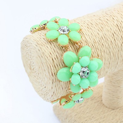 Wishbone light green flower shape design alloy Korean Fashion Bracelet