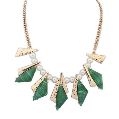 Street green geometrical shape design alloy Bib Necklaces